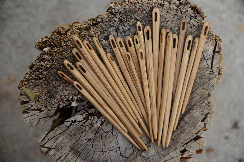 Wooden Nalbinding Needle / Oaken Needle / Medieval Craft