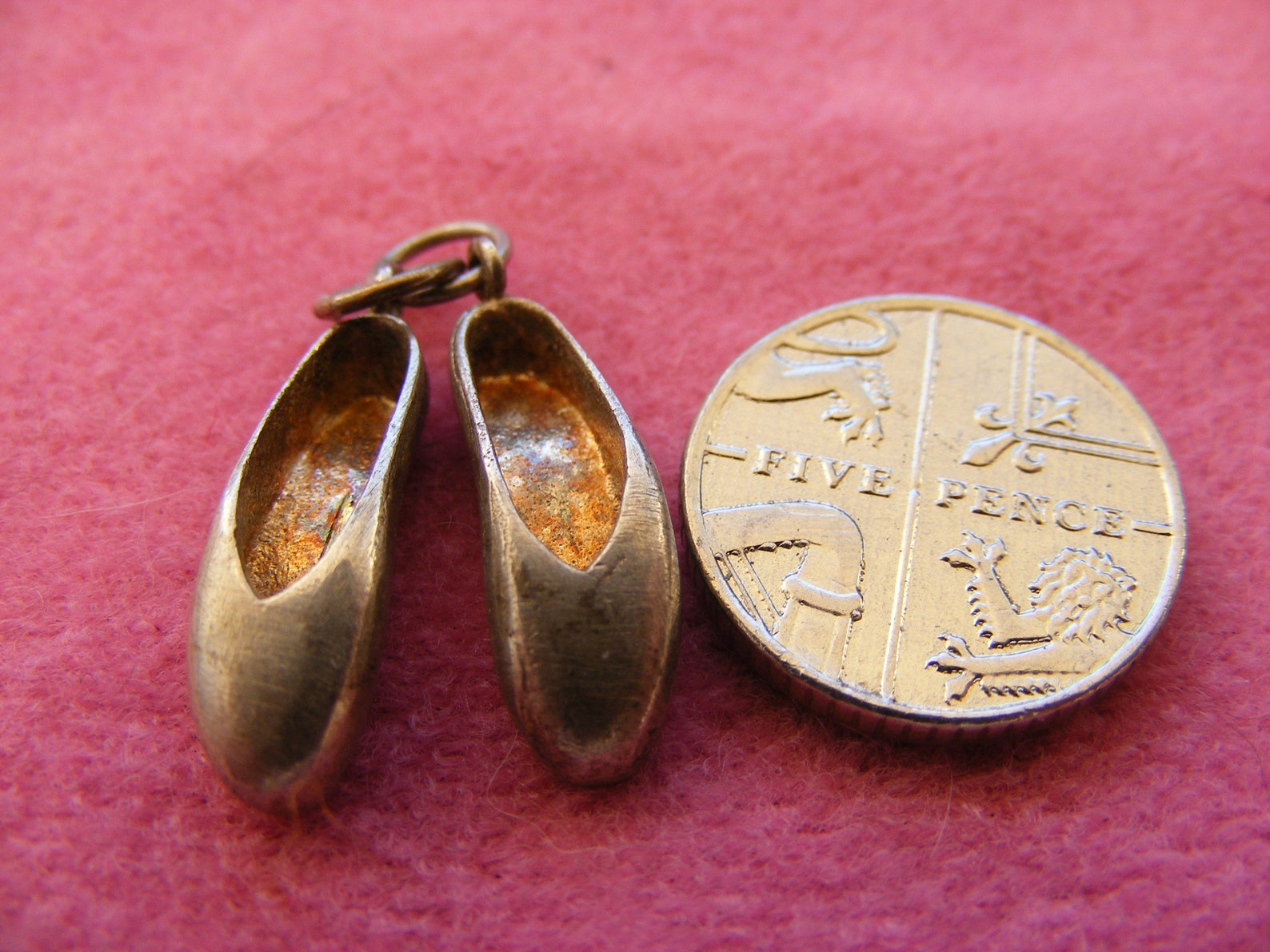 j) vintage sterling silver charm ballet shoes