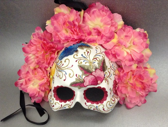 Dia De Los Muertos Red Embroidery Roses Mask flower day of the dead deco and wearable mask