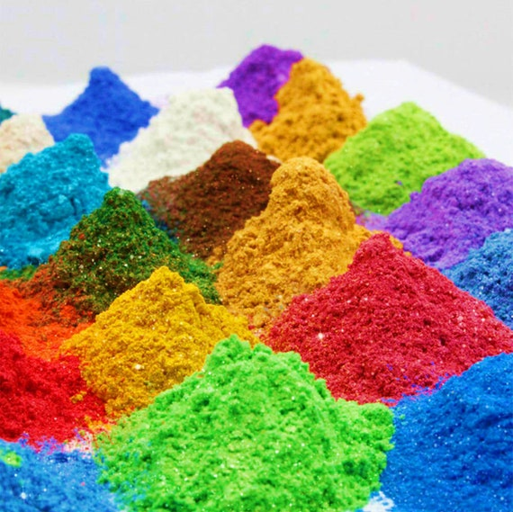 24 Colors Mica Powder Pigments Set for Homemade Soap, Bath Bombs, Slime,  Cosmetics, Makeup, Candle Making, Nail Art