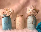 Distressed mason jars, Rustic mason jar vase, Farmhouse chic, Farmhouse decor, Rustic wedding decor, Painted mason jar, Country home decor