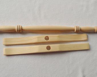 Niddy Noddy - 2,1 yard Hand turned beech and pine wood tool accessory for art yarn