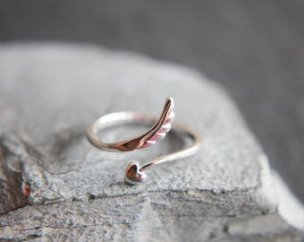 Angel Wing Ring made of 925 sterling silver wings with Heart