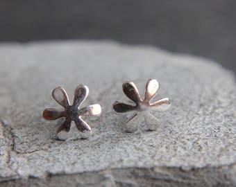 Small flower flower earrings made of 925 sterling silver