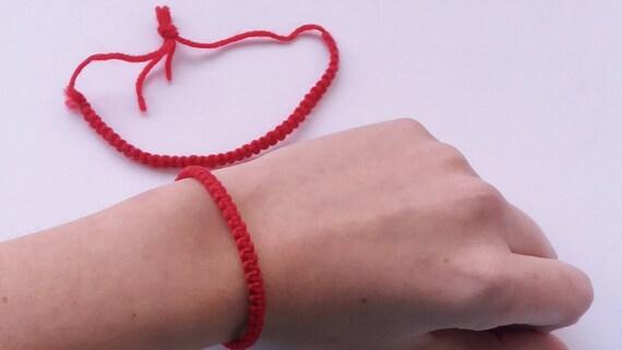 Bracelet rouge fil rouge Kabbale oeil protection mince cordon   Etsy 459555e8252b