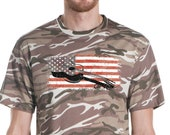Acoustic Guitar USA Flag Retro Distress Camouflage Camo T-Shirt