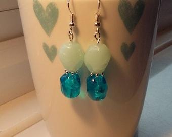 Perfect statement drop earrings