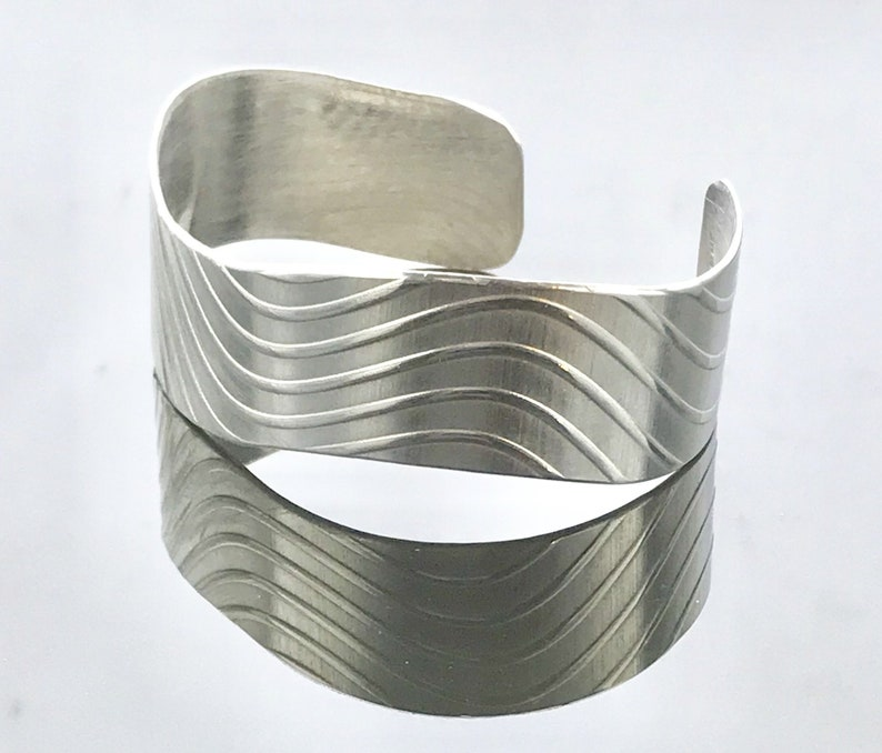 Fine Silver Wave Cuff Bracelet Medium Width