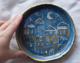 Handmade Ceramic Plate, Plate inspired by Porto, Portuguese Architecture, Plate with the moon