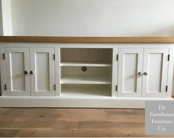 Farmhouse TV Stand Rustic Top 5ft