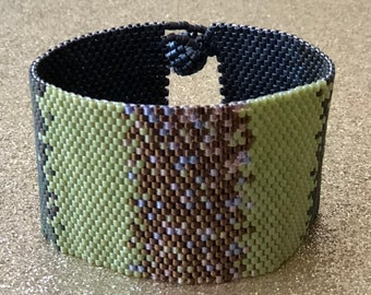 Seed bead bracelet-boho chic-handmade bracelet-unique bracelet-huichol bracelet