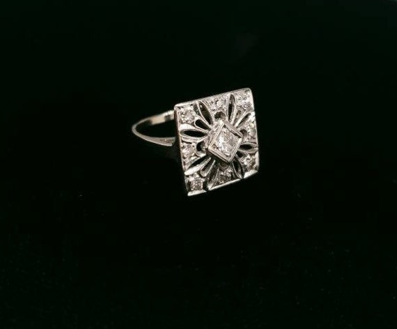 Antique Victorian 14k white Gold And Diamond Enga… - image 3