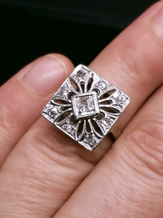 Antique Victorian 14k white Gold And Diamond Enga… - image 10
