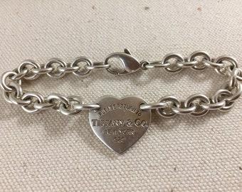 23b2de084d9e Return to Tiffany   Co. Heart Tag bracelet