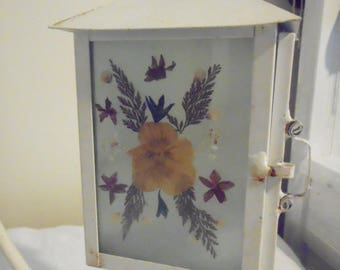 Pressed Flowers Stained Glass Lantern