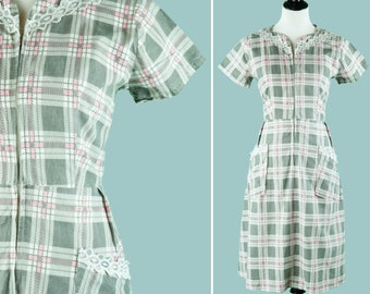 1950s Pink And Grey Plaid Zip Front Dress - 1950s Day Dress With Lace Trim
