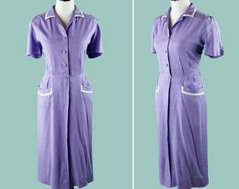 1940s Lavender Day Dress - 40s Purple Dress With Short Sleeves - Hip Pockets - White Trim - Matching Buttons - Collar