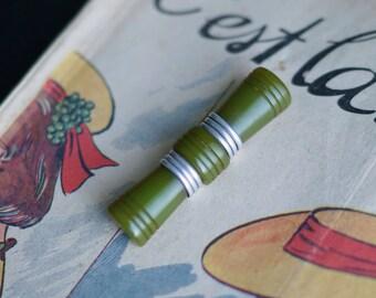 1940s Avocado Green Carved Bakelite Bar Brooch - Silver Metal Accent - 40's Bakelite Brooch