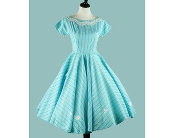 1950s Aqua Blue Gingham Dress - 50s Full Skirt Dress With Lace Appliques