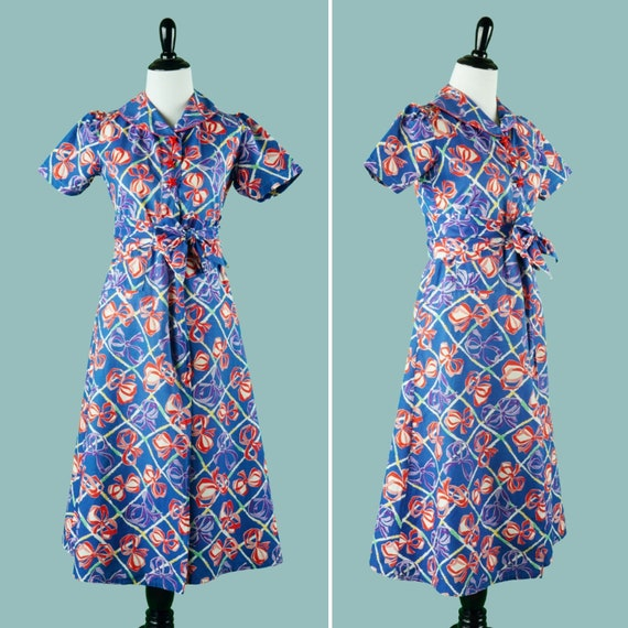 Early 1940s Novelty Print Bow Dress - 40s Cotton D