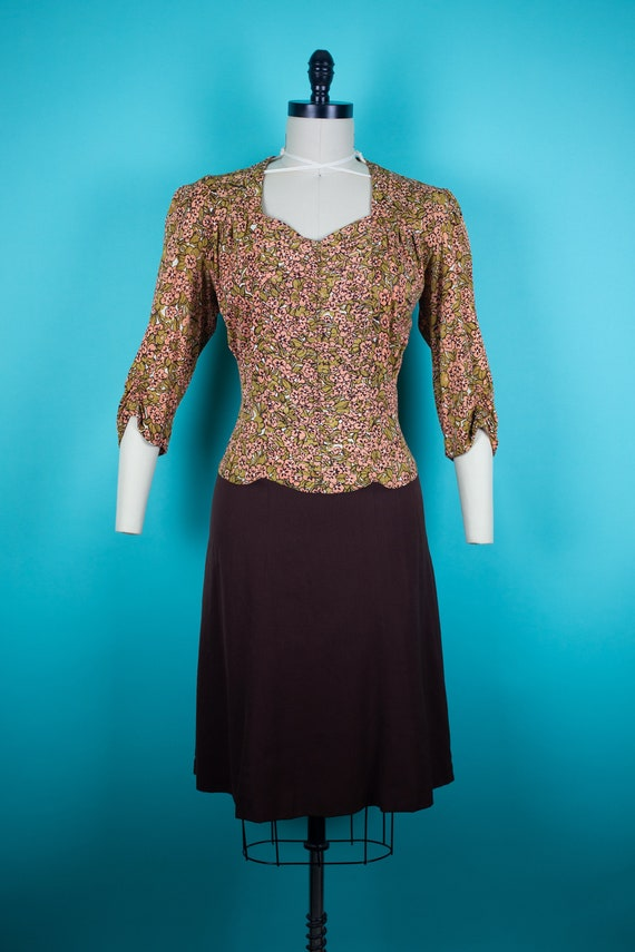 1940s Floral Rayon Jersey Dress With 3/4 Ruched Sl