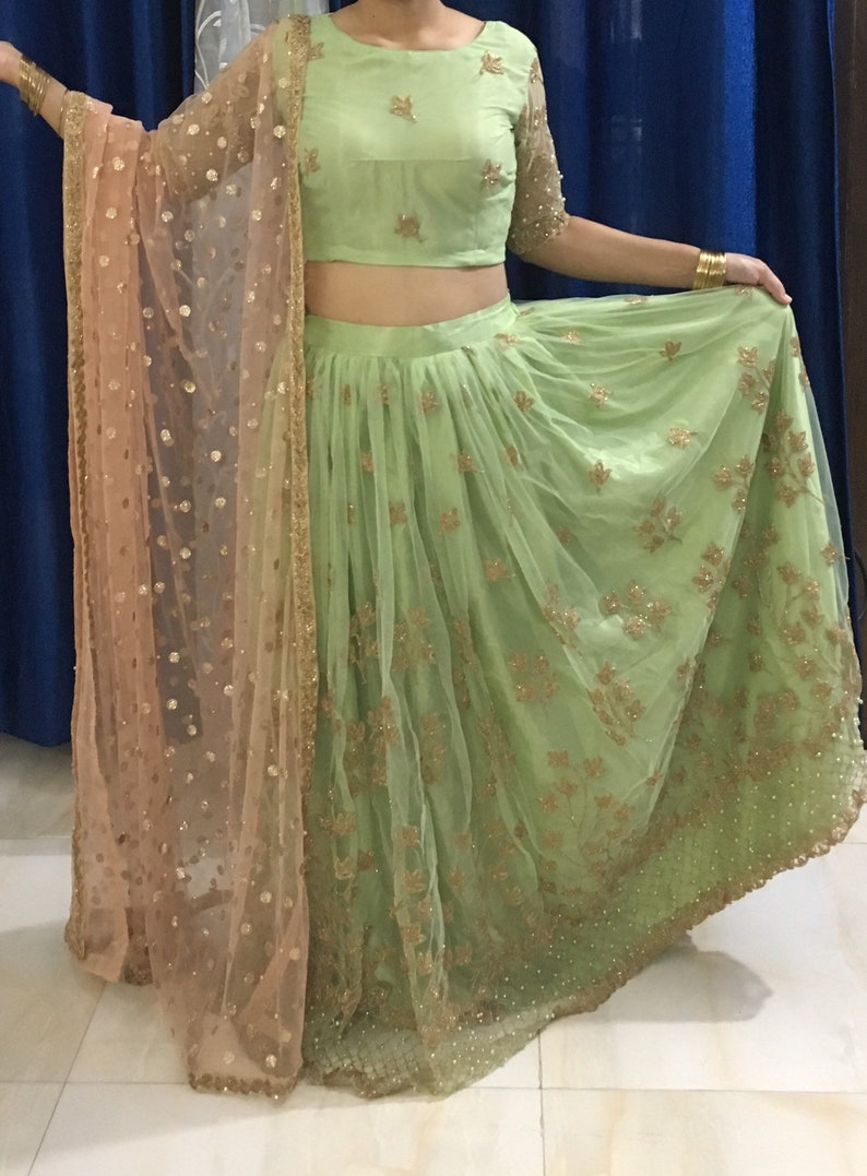 4b239887e0 Green Full Flare Net Lehenga Choli with Dupatta l Wedding   Etsy