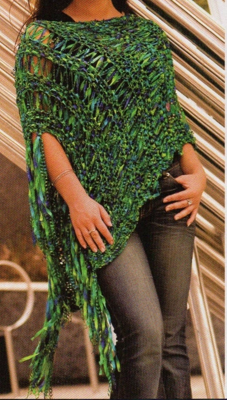 Women's Poncho, Knitting Pattern, Instant Download