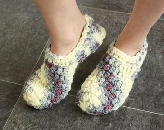 Chunky slippers Crochet slippers Chunky socks Knit slippers Indoor slippers Slipper socks Bedroom slippers Adult slippers Crochet booties