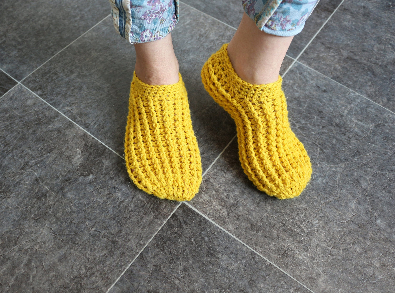 684ae138ac901 Crochet slippers for women Slipper socks