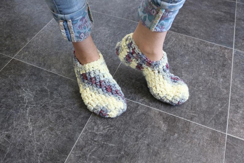 27fbfa27ebfd2 Crochet slippers Knitted slipper socks