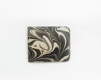 Minimalist Leather Bifold Wallet Personalized Small Wallet Credit Case Leather Card holder Leather coin purse Slim Coin wallet handmade gift