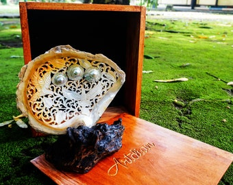 Exquisite Mabe Blister Pearl in Shell Carved With Floral and Hummingbird Designs