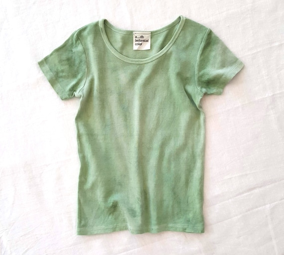 Botanically Dyed Children's Tee / Green Tee/ Eco Fashion / Slow Fashion / Hand Dyed / Botanical Color / Natural Color