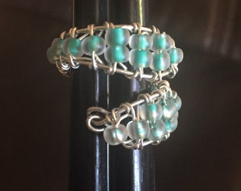 Adjustable handmade silver wire glass bead ring