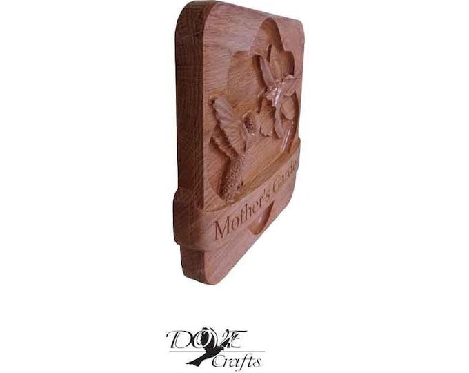 Hummingbird & Daffodil Oak wood Personalised
