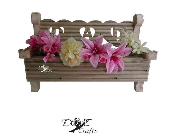 Love Heart Bench Planter MUM/DAD-pre-treated decking wood