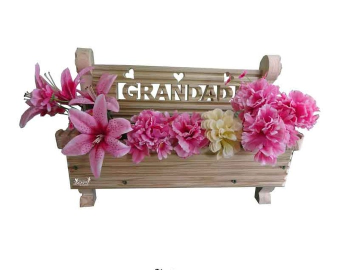 Bench Planter with carving (can't be delivered for Fathers Day)
