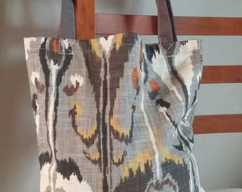Grey and yellow print tote