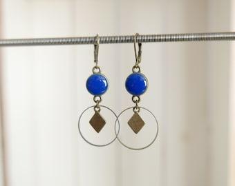 Boucles d'oreilles et résine bleue