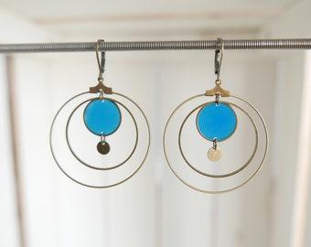Boucles d'oreilles en résine transparente bleue