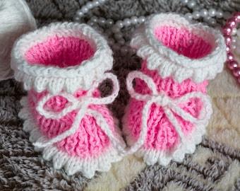 Baby Booties - Pink Crochet Handmade babyshoes baby shower gift newbornbooties