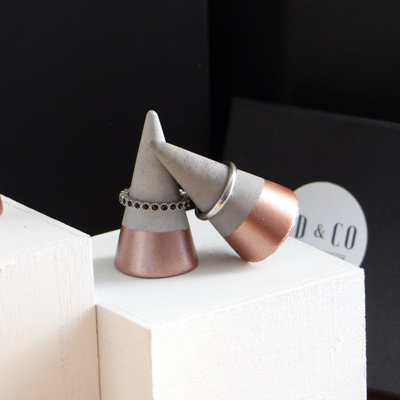Valentines Day Ring Holder White Diamond Ring Holder Atelier Ideco Concrete Jewelry Organizer