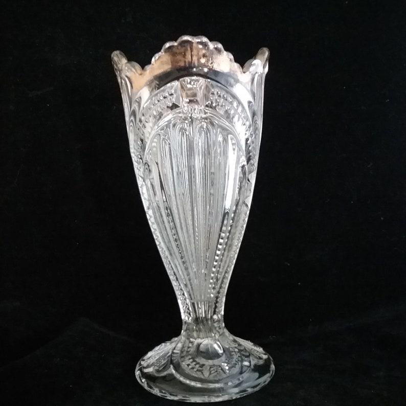 OMN Eapg ADMIRAL by Bryce Ca.1899 \u2022 AKA: Ribbed Ellipse Vase w Gold Trim Pressed Glass Higbee and Company