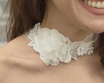 Lace Bridal Choker. Floral Choker. White Floral Choker. Necklace