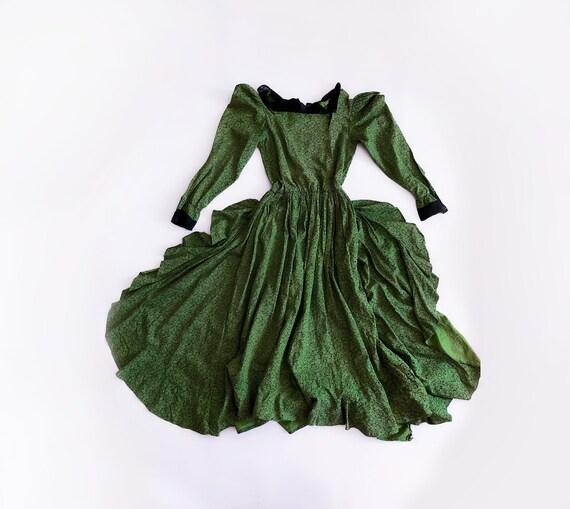 Beautiful Vintage Dress Midi Cotton Lace  Antique