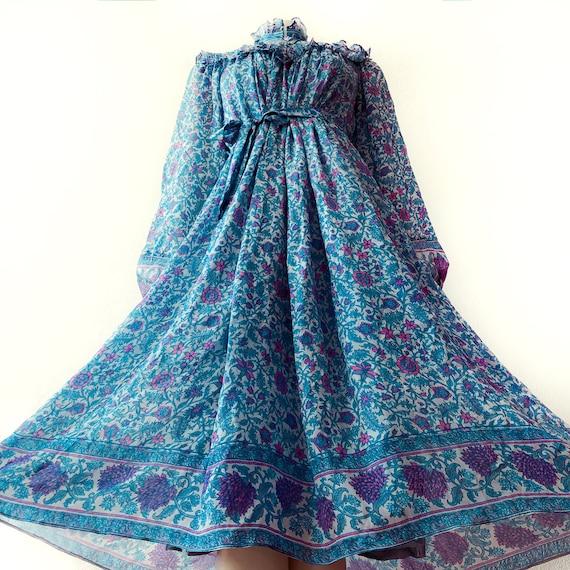 Rare 1970s Ritu Kumar 100% Silk Indian Dress Ethni