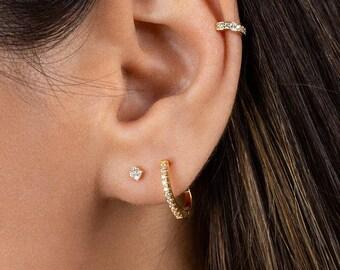 eece7514f Tiny studs - Dainty cz studs - Tiny earrings - Gold studs - Tiny diamond  studs Minimalist earrings - Dainty earrings - Gold stud earrings