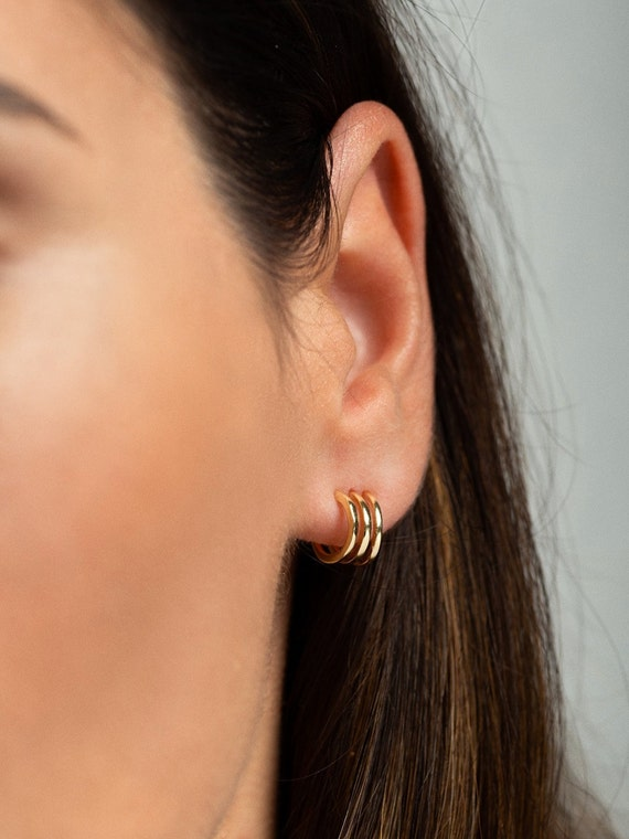 diversifiziert in der Verpackung modische Muster schönen Glanz Gold huggie earrings - Mini creolen - Small hoop earrings - Small gold hoop  earrings - Small gold hoops - Mini hoop earrings - Gold earrings