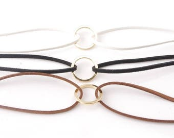 Simple, Elegant Circle Velvet Choker