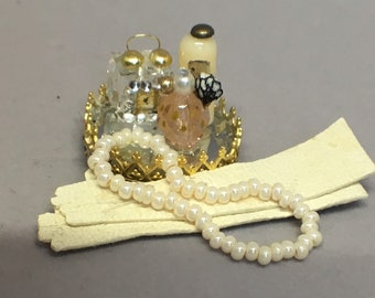 Dollhouse Miniature 1:12 Scale – Harlow Inspired Vanity Perfume Set with Accessories